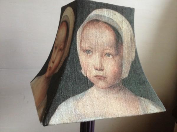 Abat jour pagode portrait fillette XVe