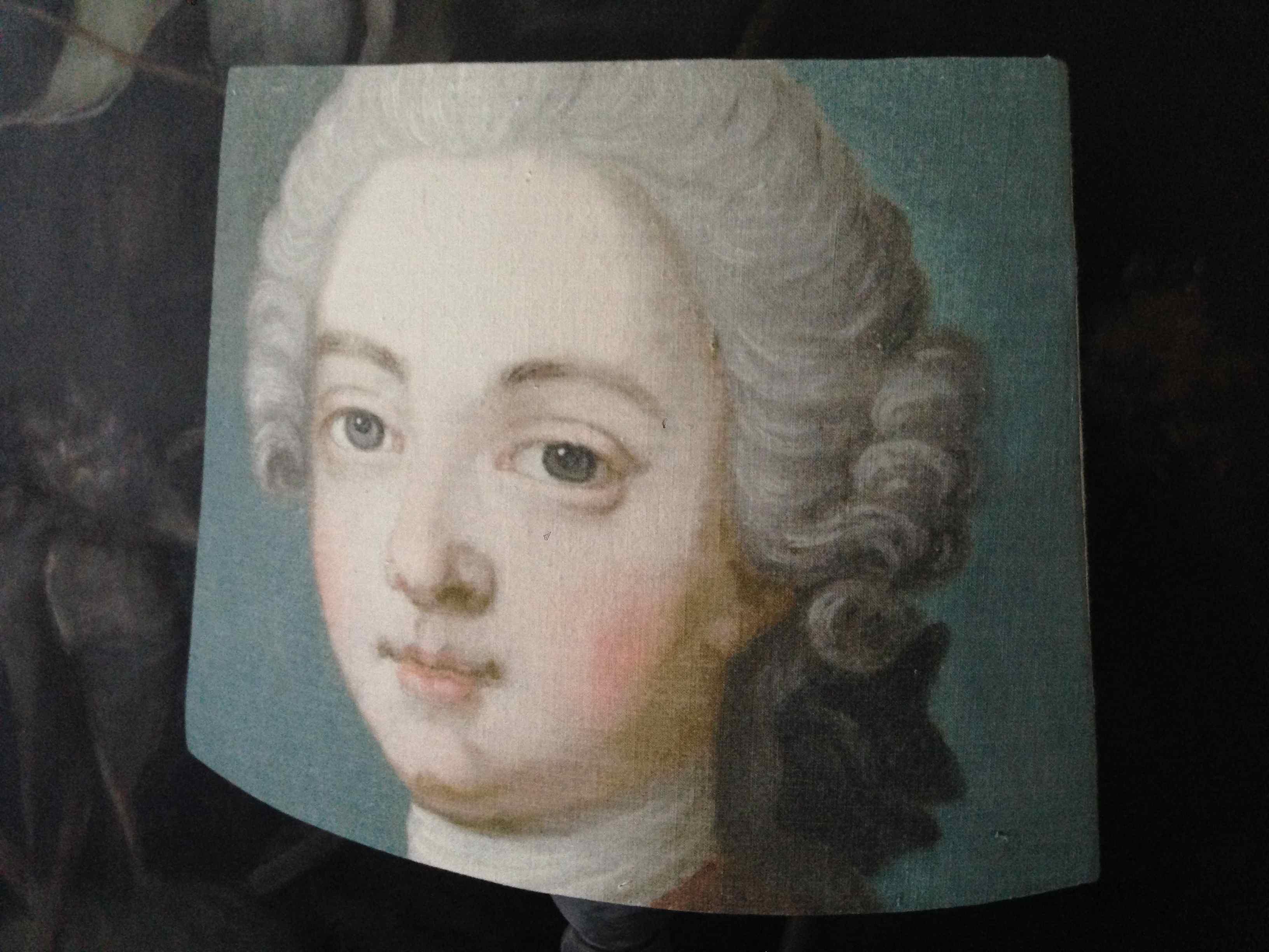 Abat jour pans coupés portrait masculin XVIIIe