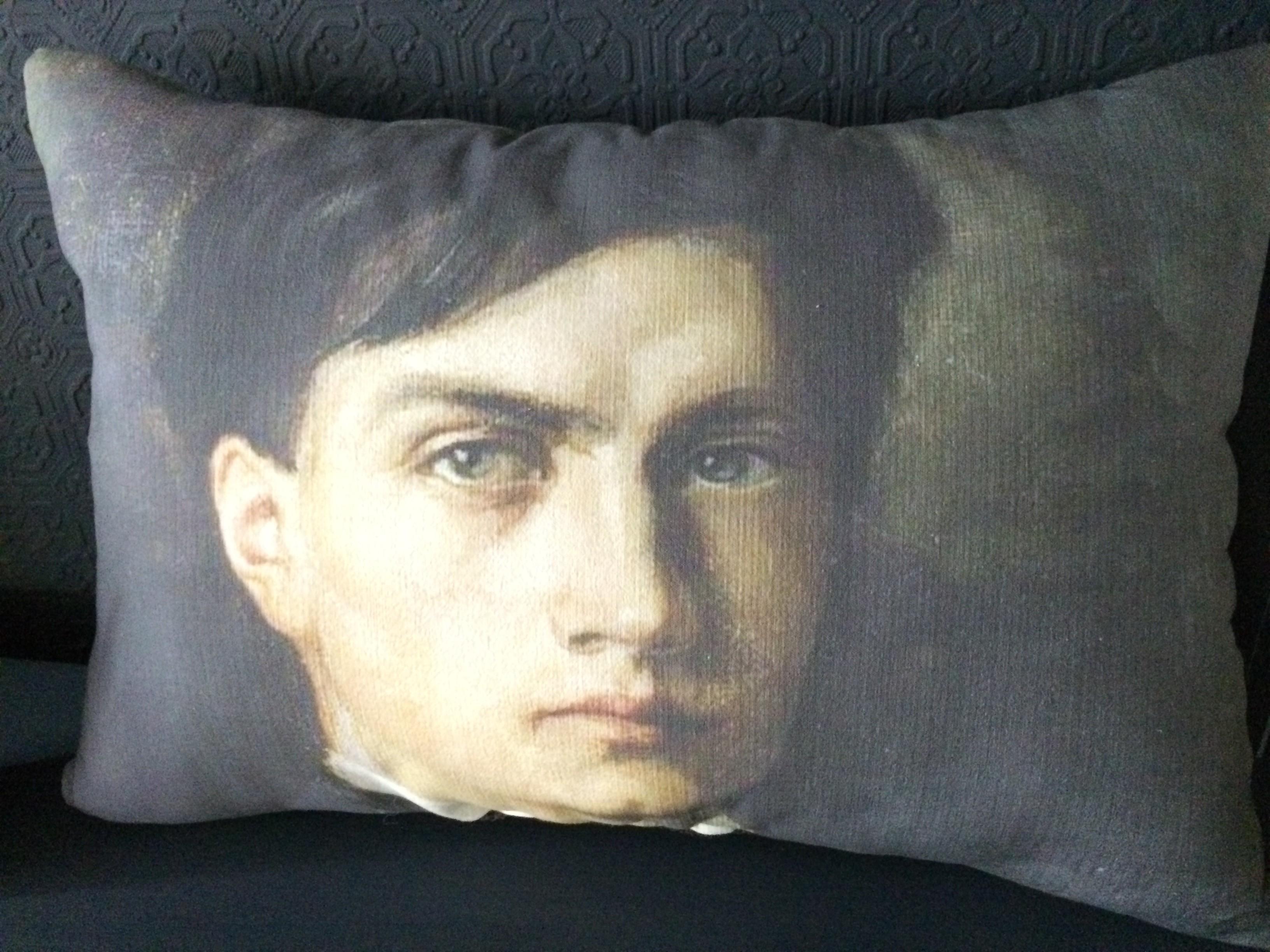 "Coussin lin ancien Albert ""jeune homme"" XIXe"