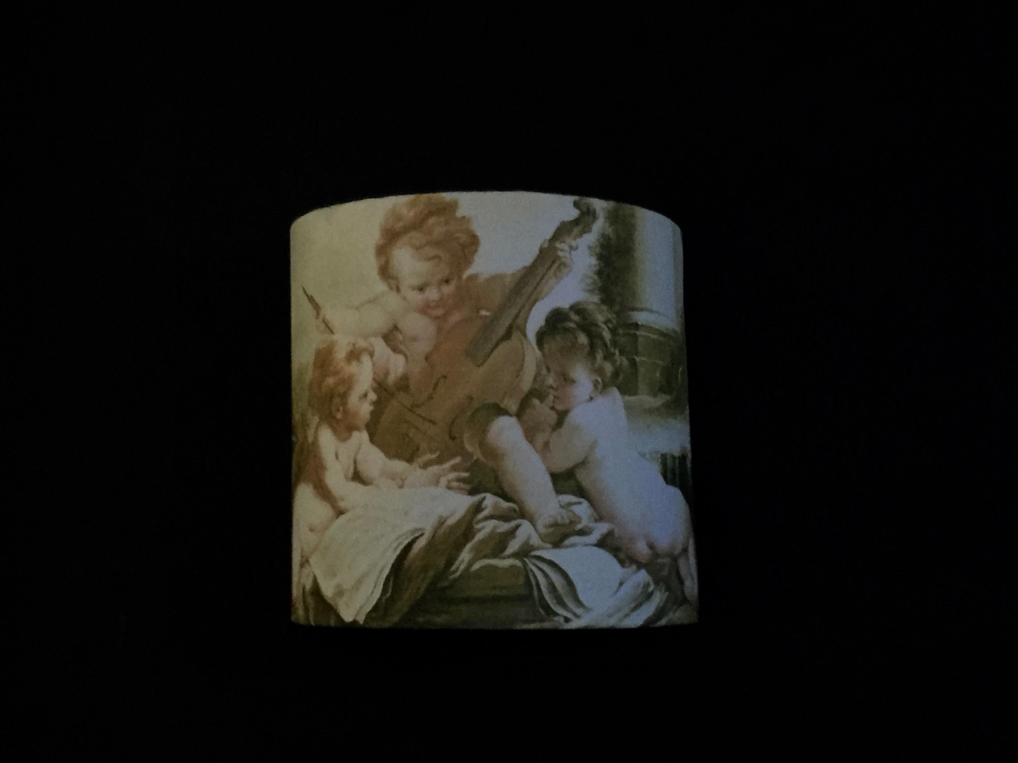 Abat jour demi-lune anges de François Boucher