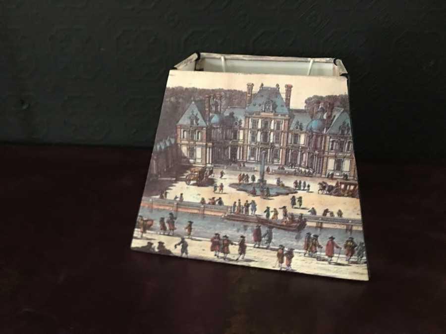 Abat jour pyramide rectangle gravure chateau de Bailly